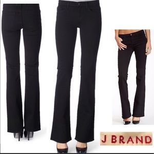 J brand slim boot jeans in Hewson - 27 - EUC